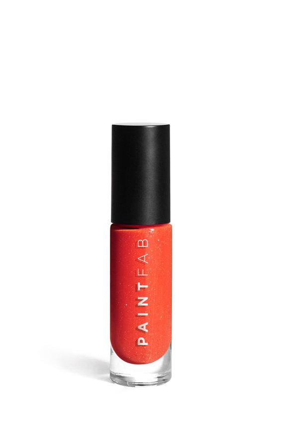 Get ready to cause lacquer envy with this stunning shade. A nod to nature's beauty, this orange meets pink hue is dramatic, but also subtle enough to take you all through any occasion.