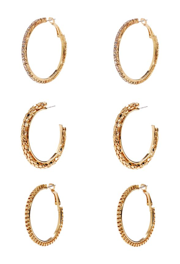 Tried and true, these sparkle-centric hoops are the most brilliant kind of basic. Perfect for day, night and everything in between. Lightweight.