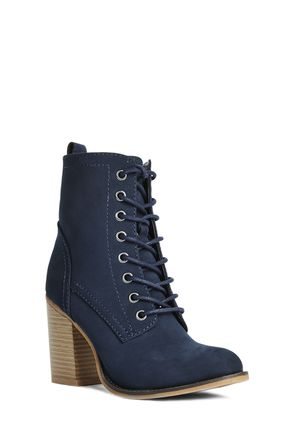 Jessamyn Women's Lace Up Boots